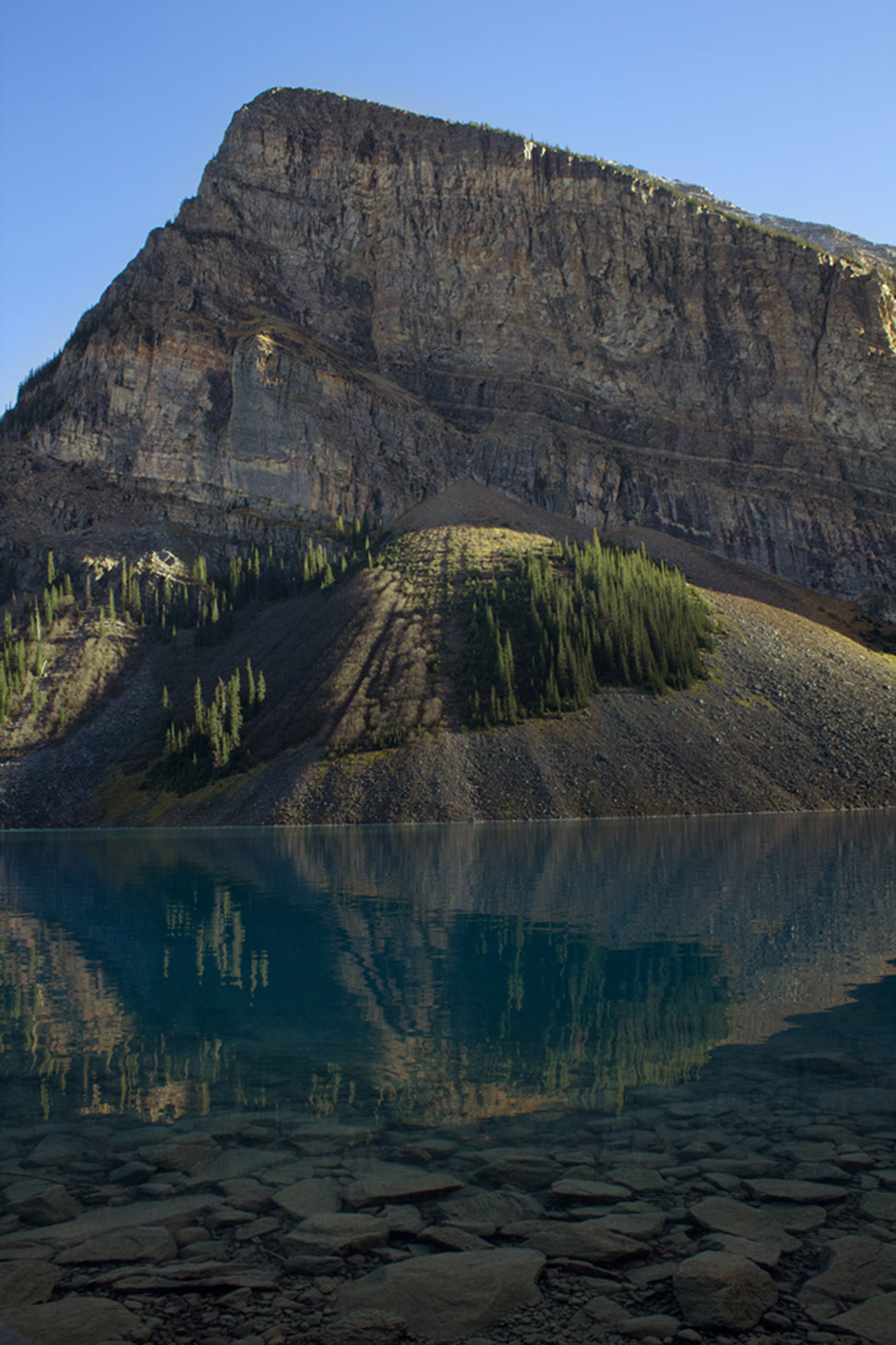 Lake-Louise-Reflections-974x1462