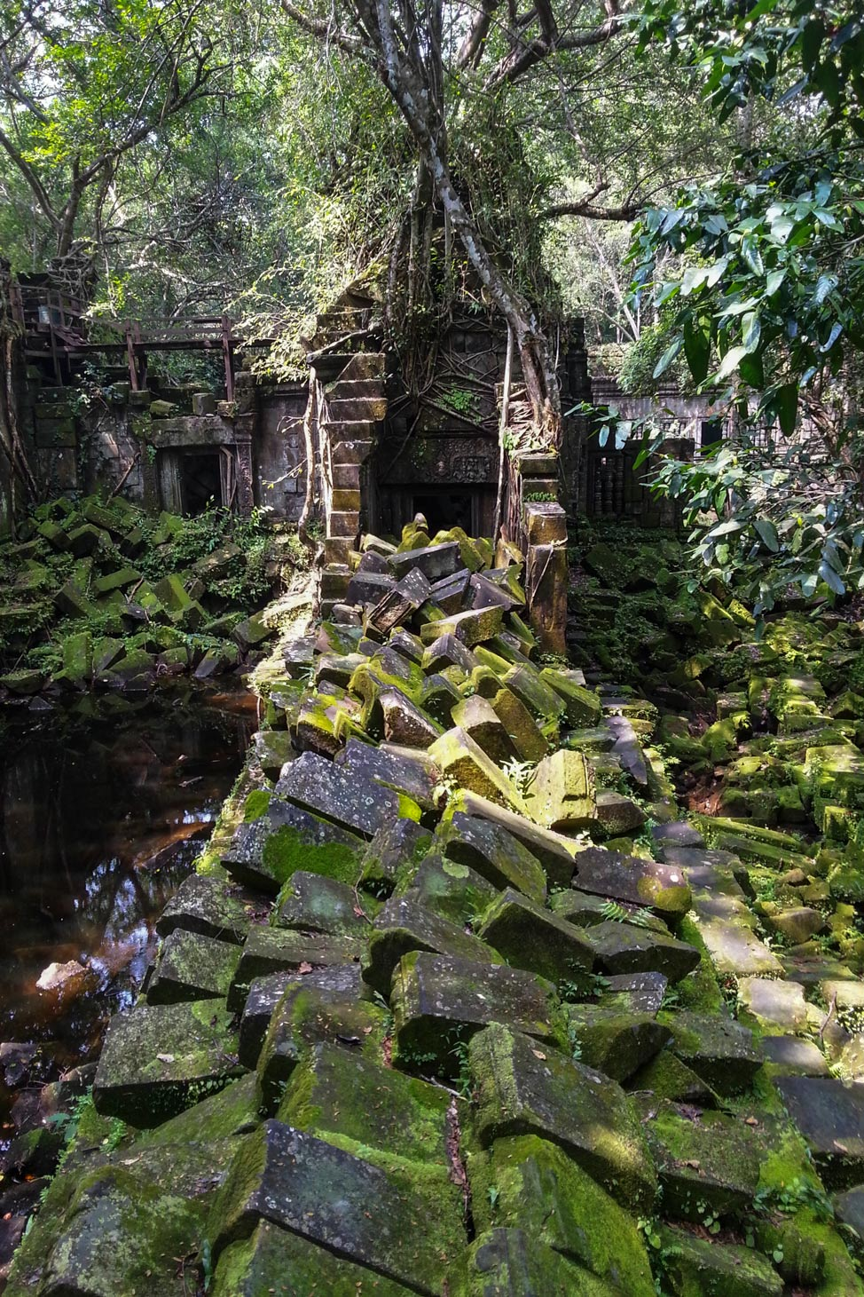 Temples-of-Angkor-37