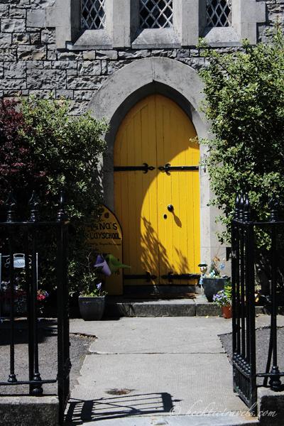 Trim Yellow Door