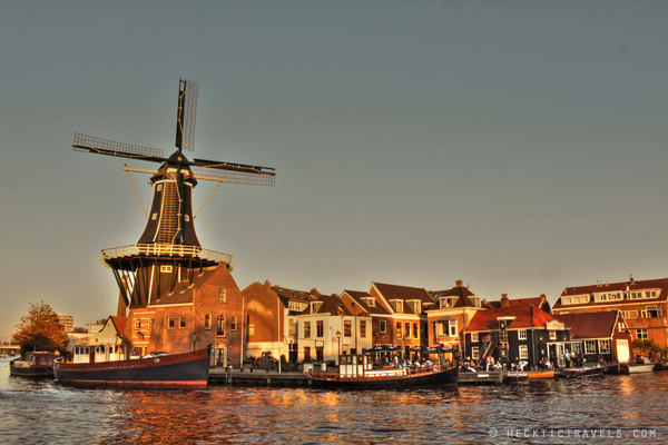 Haarlem De Adriaan windmill at sunset