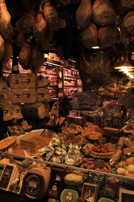 Bologna - Meat and Cheese Vendor