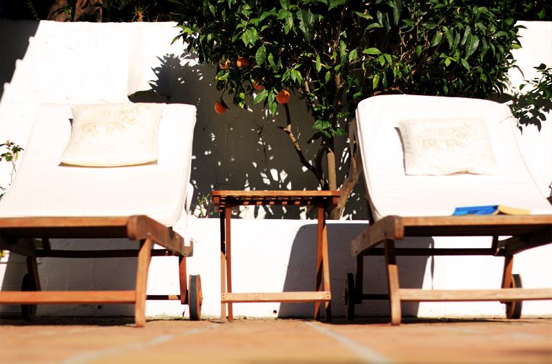 Lotus Blooming Yoga Retreat - patio