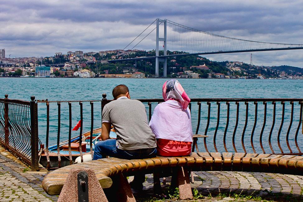 Istanbul-Bosphorus-01