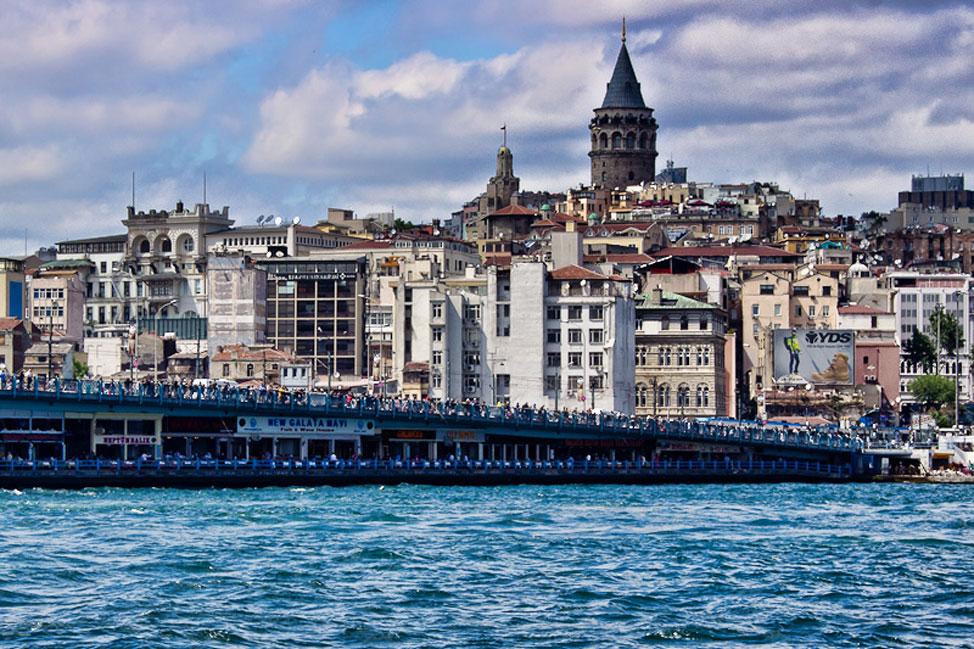 Istanbul-Bosphorus-02