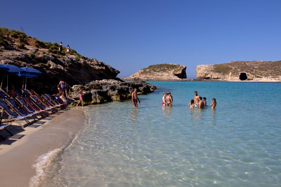 Blue-Lagoon-Malta-974x649