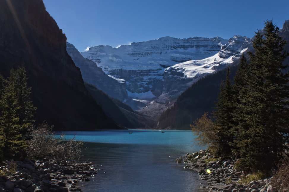Lake-Louise-Alberta-974x649