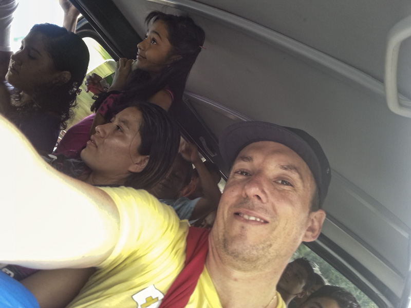 Bus Trip Guatemala-001