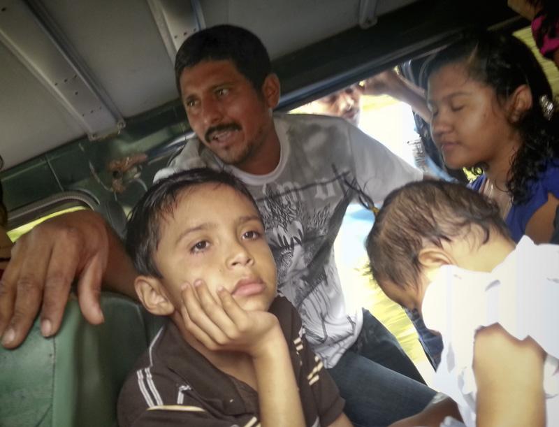 Bus Trip Guatemala-002