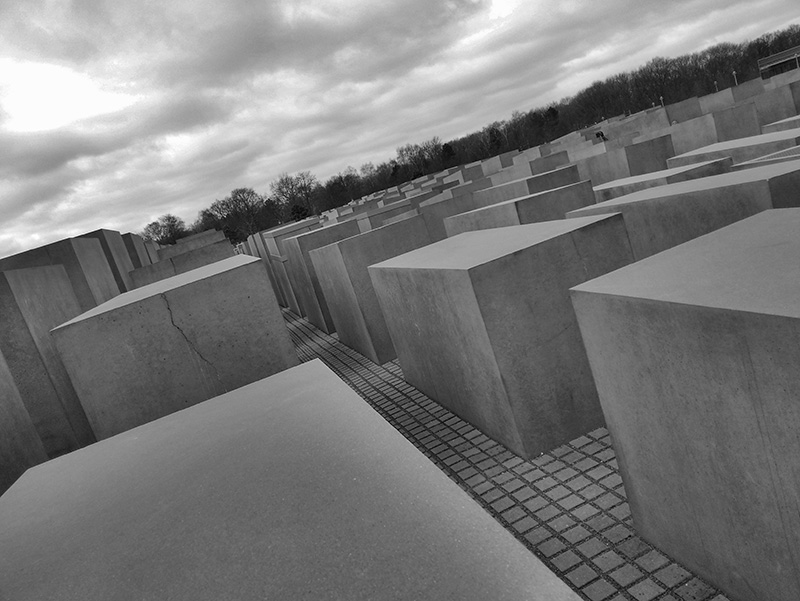 Berlin Holocaust Memorial-006