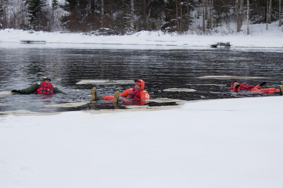 Winter-swimming-Finland