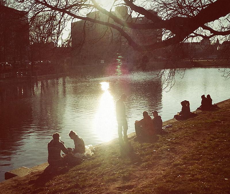 Living-Like-a-Local-Berlin-Riverside