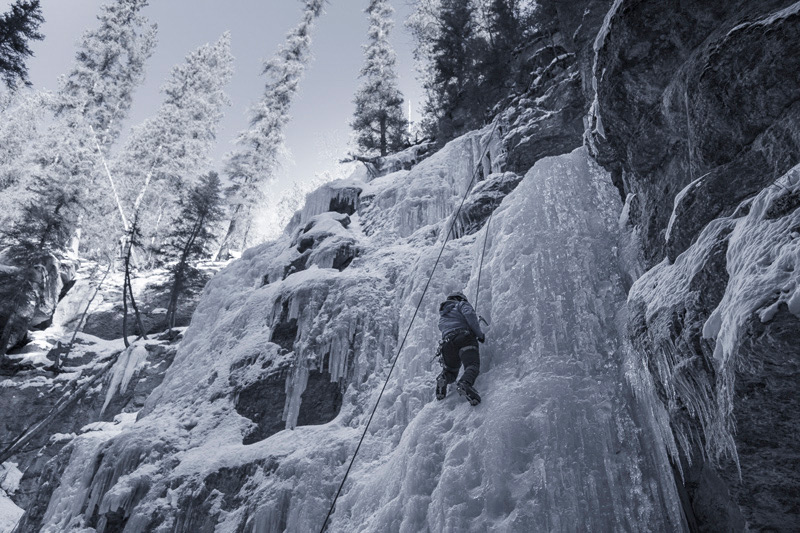 Jasper-Maligne-Canyon-Ice-Walk-3