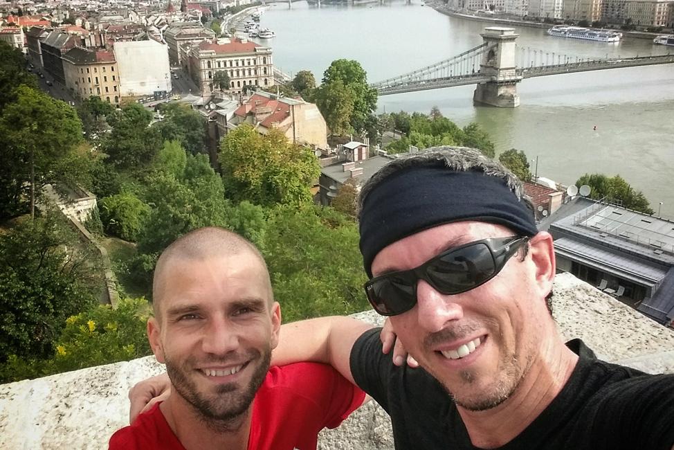 Budapest-Running-Tour-Selfie-974x650