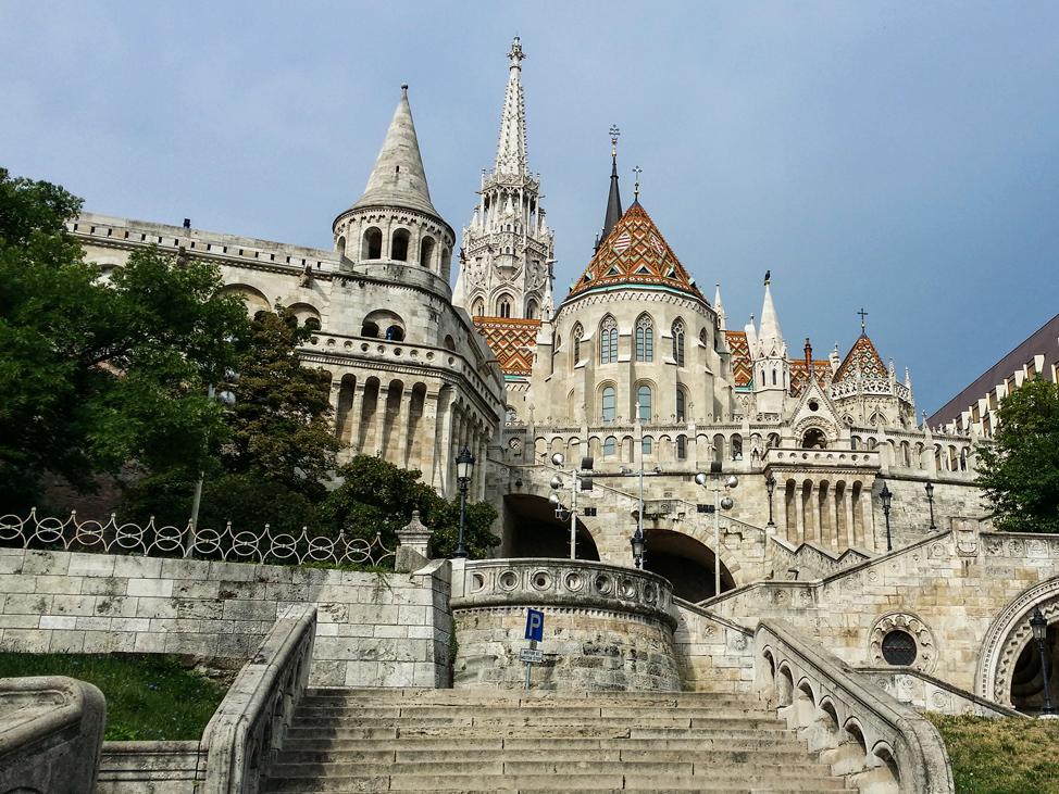 Fishermans-Bastion-Budapest-974x731
