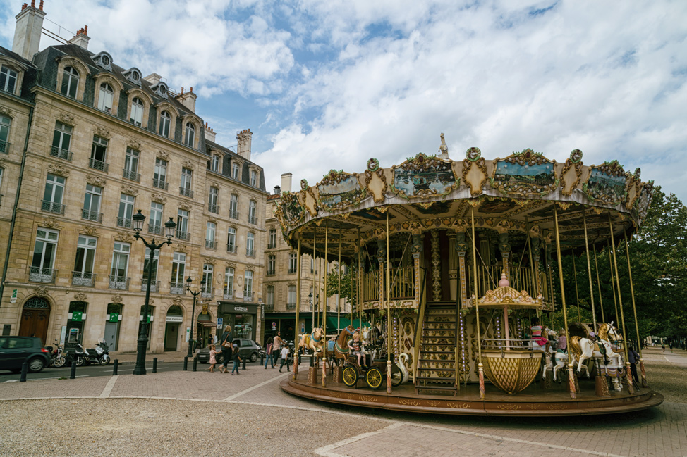 Bordeaux Merry-Go-Round