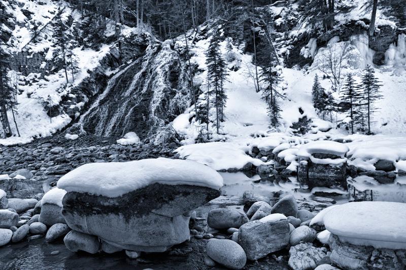 Jasper-Maligne-Canyon-Ice-Walk-1