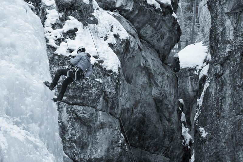 Jasper-Maligne-Canyon-Ice-Walk-4
