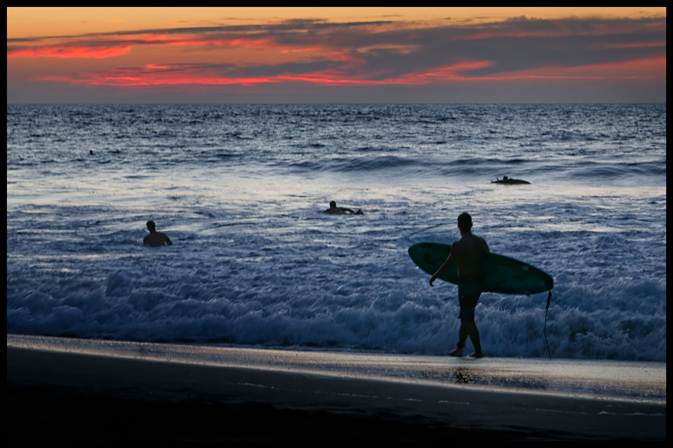 Puerto-Escondido-Sunset-Surf-Postcard