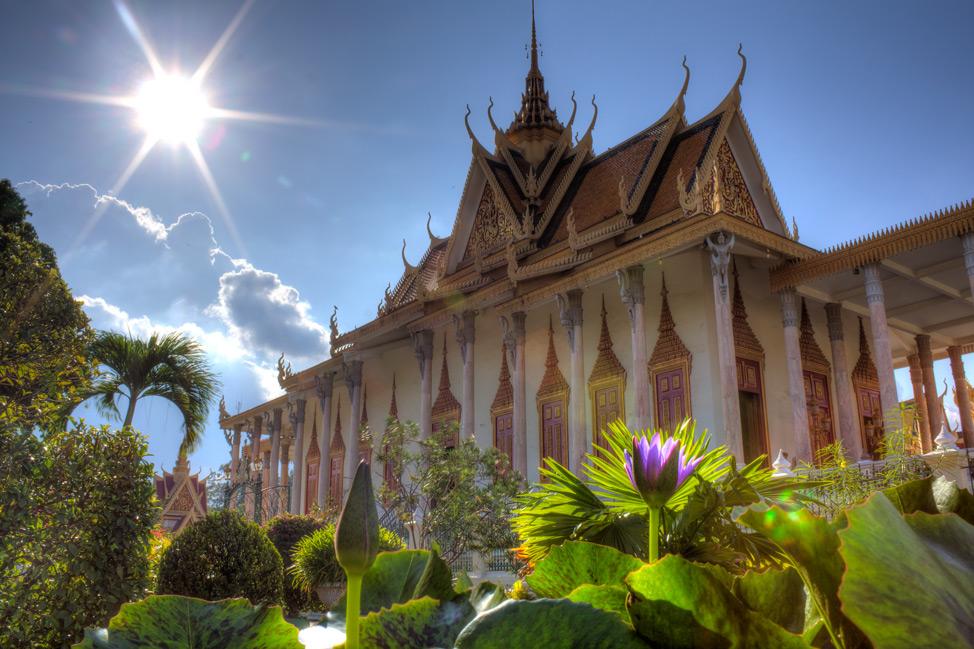 Royal-Palace-Phnom-Penh-Cambodia-9
