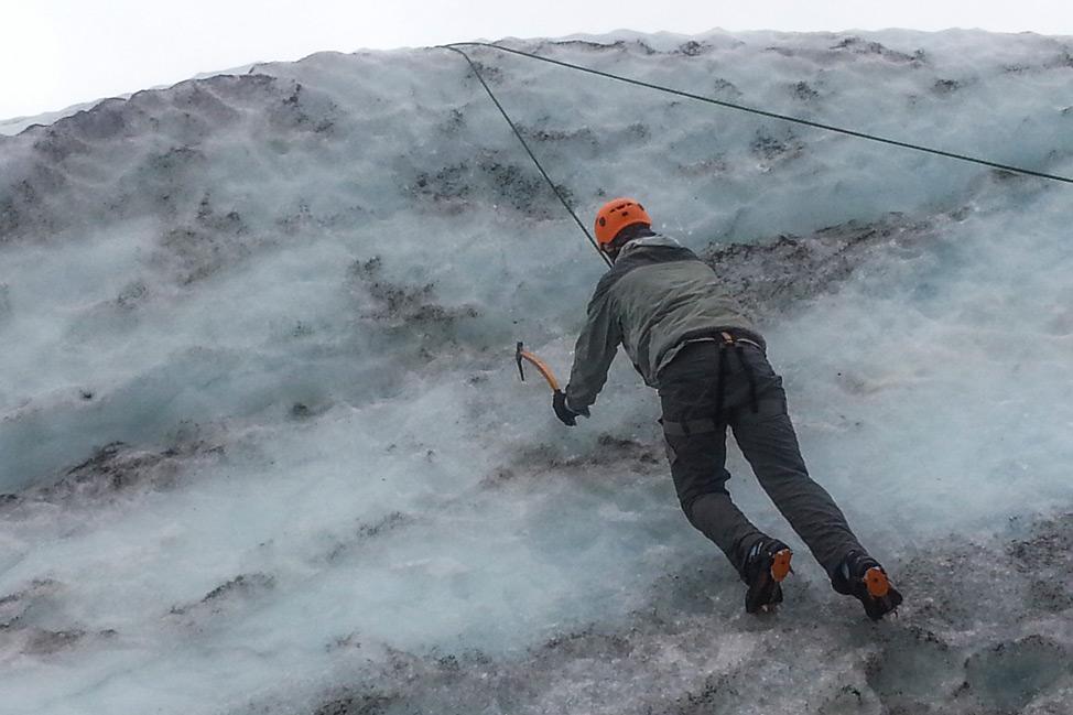 Glacier-Walk-Iceland-13