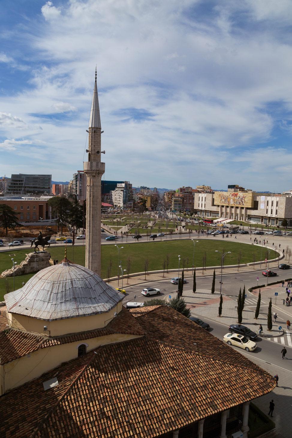 Tirana Skanderberg Square