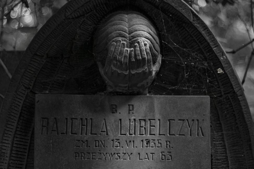 Warsaw-Jewish-Cemetery-11