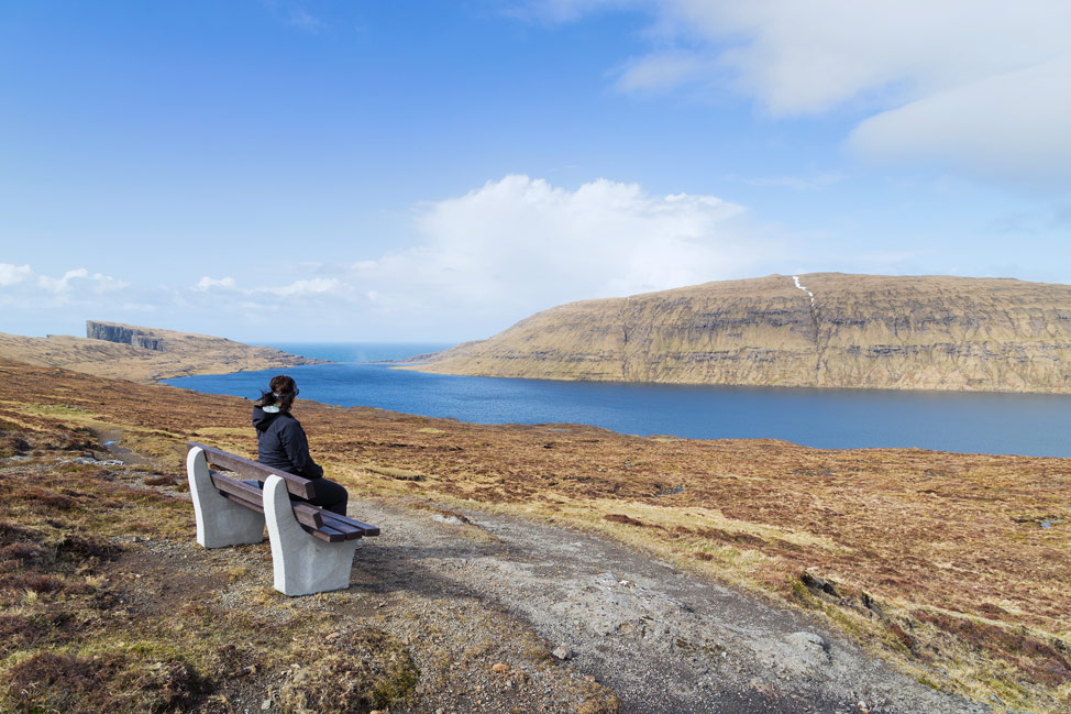 Rest at Sørvágsvatn