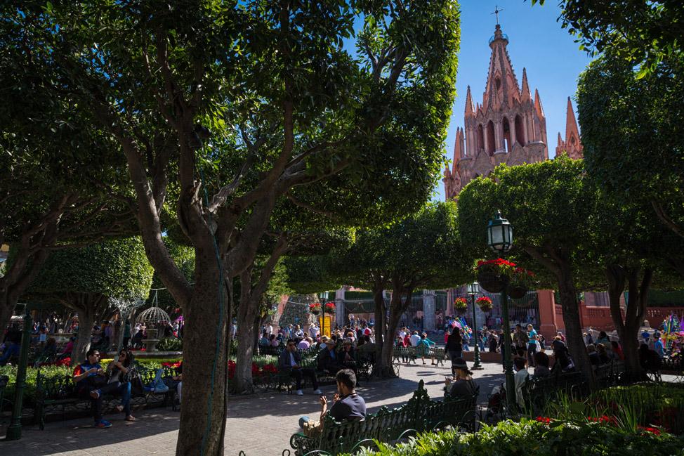 La Parroquia San Miguel de Allende - Parque Centrale