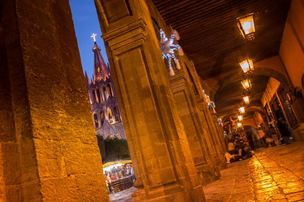La Parroquia San Miguel de Allende - Through the Arch