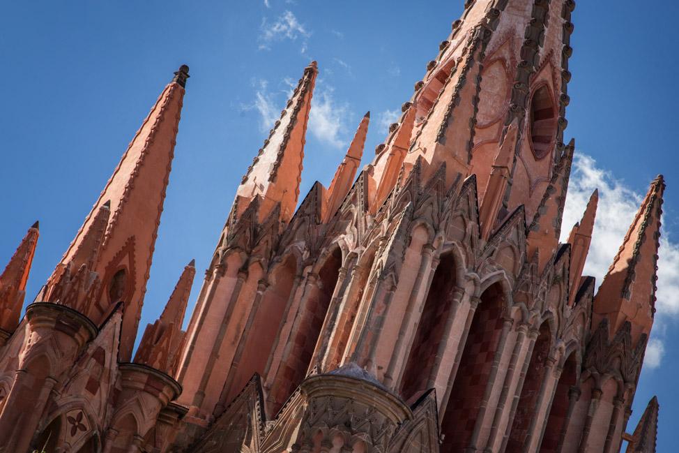 La Parroquia San Miguel de Allende - Tilted