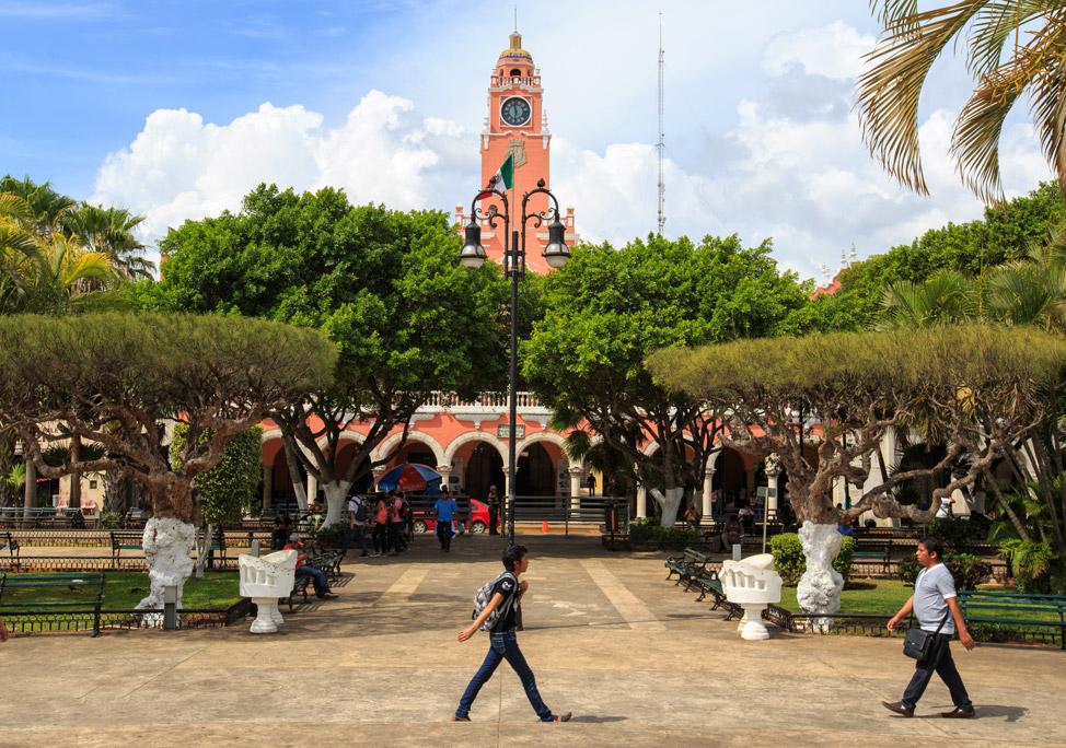 Merida Square