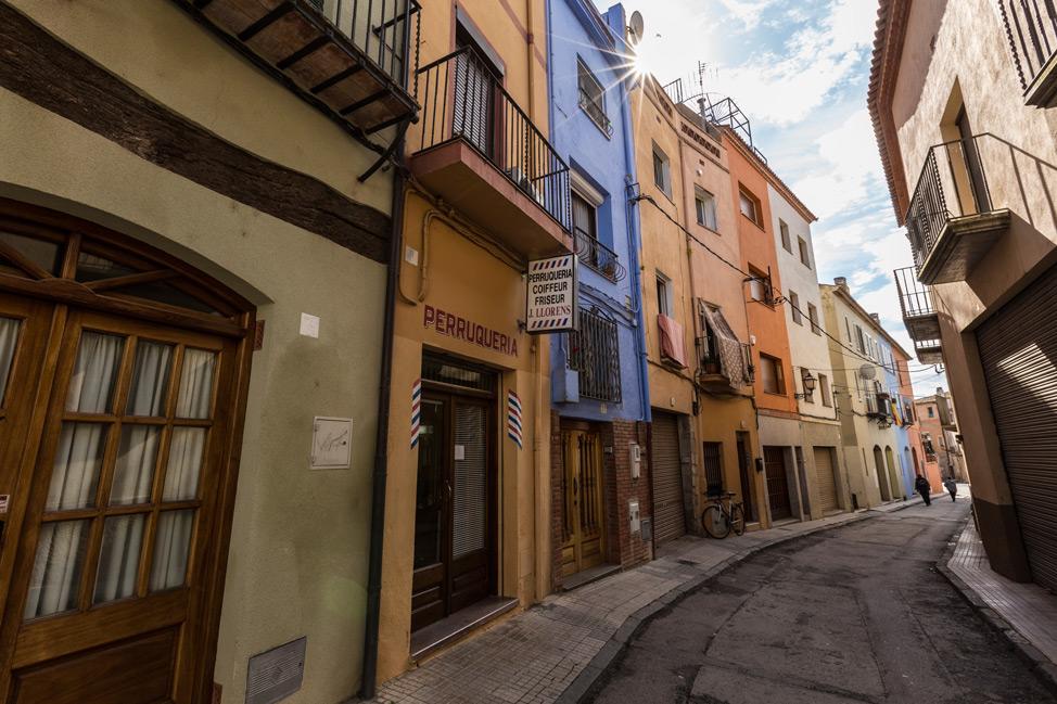 Castelló d'Empúries Street Colour