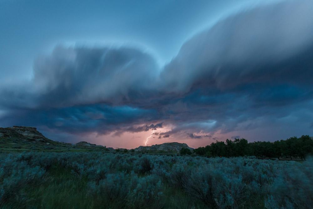 Dinosaur-Provincial-Park-Storm