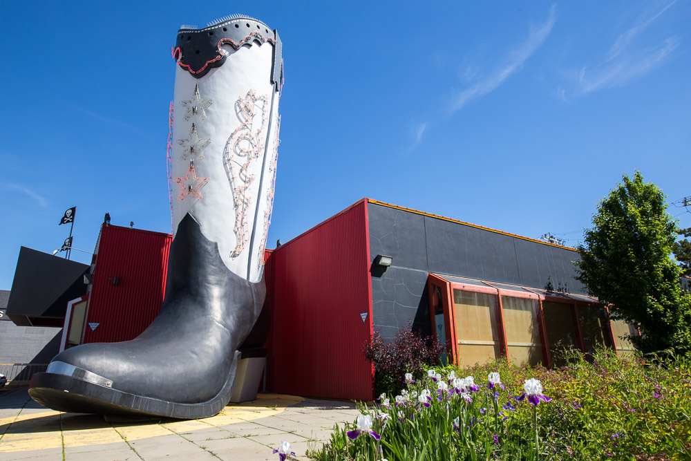 World-Largest-Western Boot-Edmonton