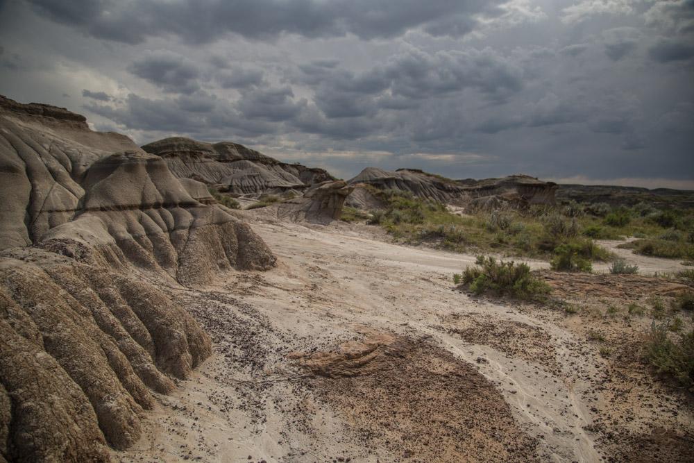 Dinosaur-Provincial-Park-Alberta-Hiking