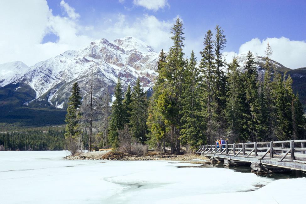 Pyramid-Lake-Jasper-Alberta
