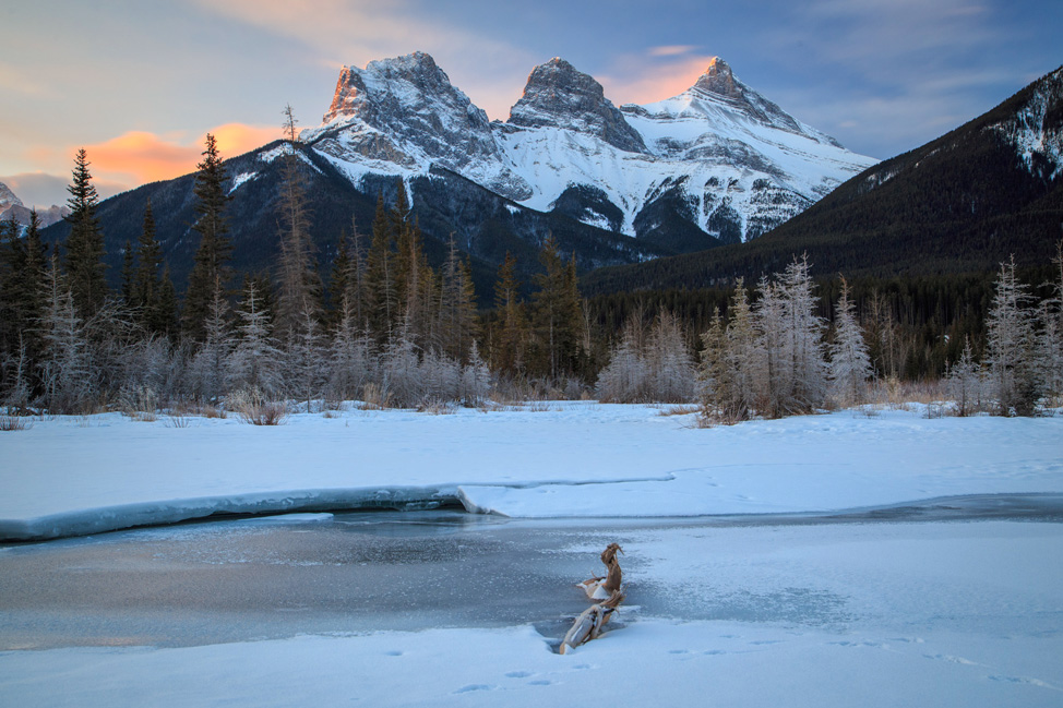 Three-Sisters-Canmore-Alberta