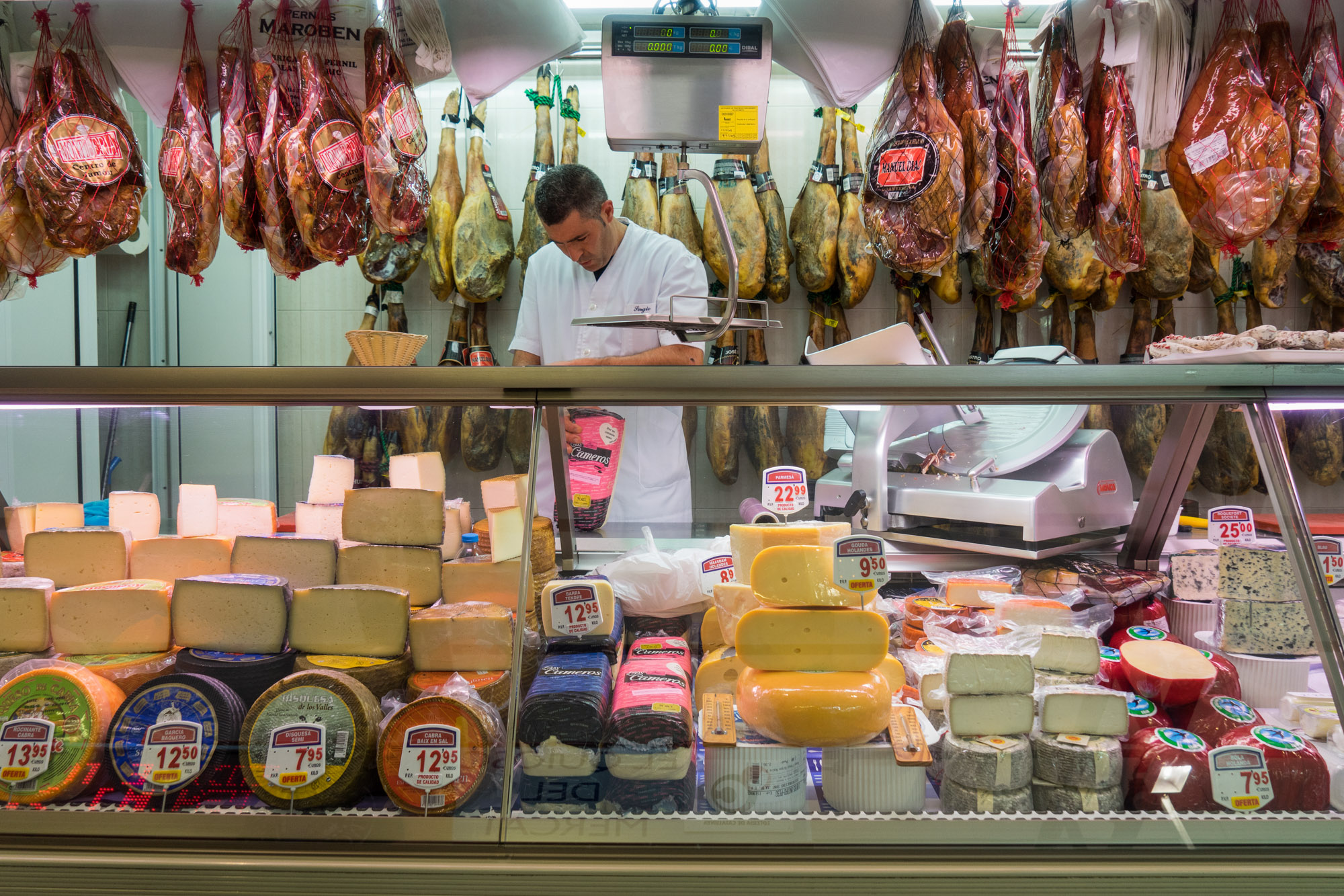 Meat and Cheese Girona Mercat de Lleo